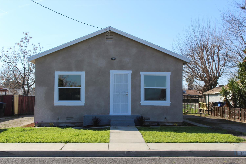 343 Magnolia Avenue, Lemoore, CA 93245