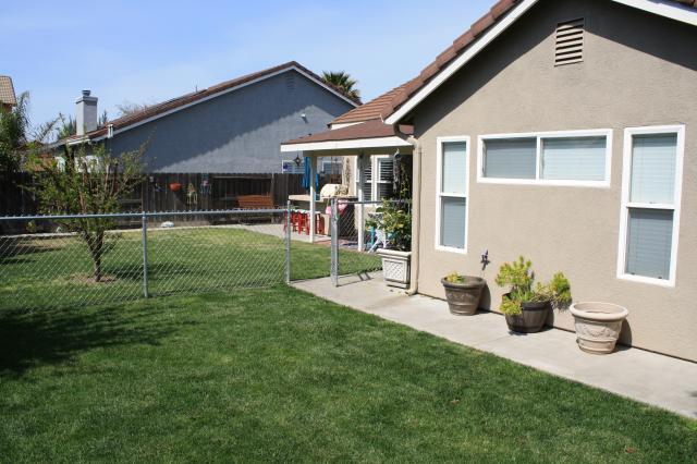 2364 Shire Way, Turlock, CA 95380